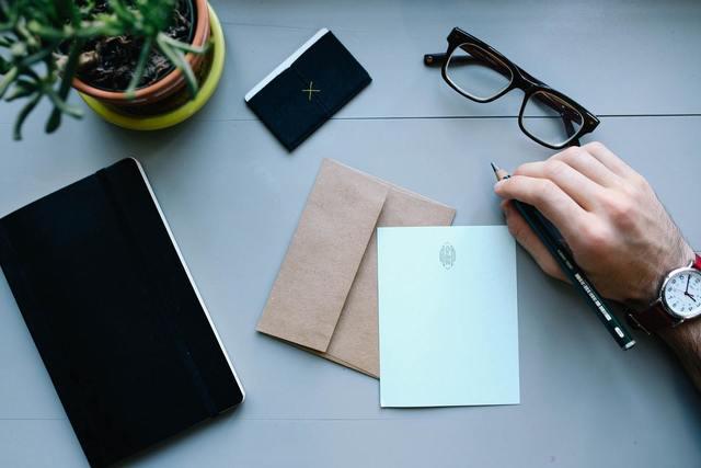 サラリーマンが起業で成功したいなら副業から始めるべき3つの理由