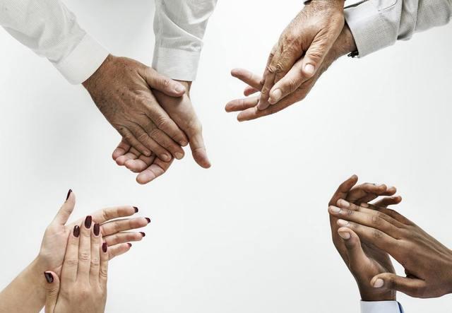 起業するならどっち?個人事業と法人事業の特徴をご紹介