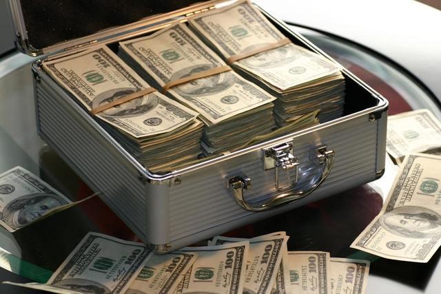 銀行融資は可能!?フランチャイズ開業する際の賢い資金調達方法とは