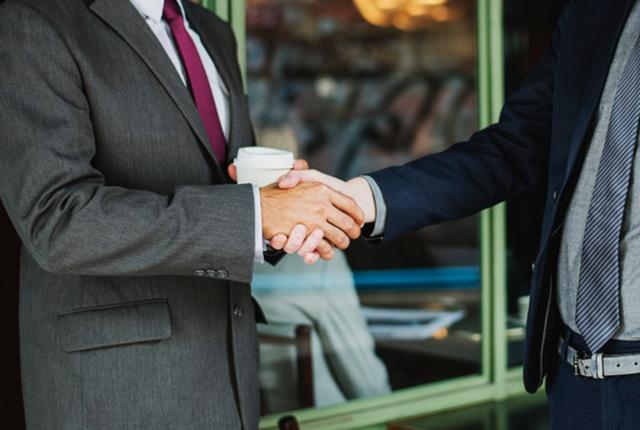 フランチャイズにおける保証人と連帯保証人の違いについて解説