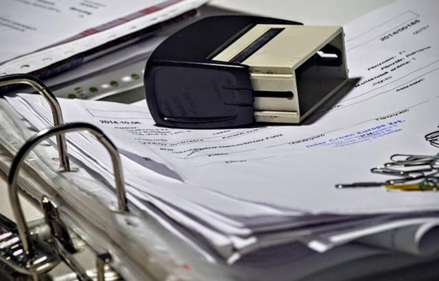 書類と文房具