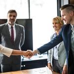 起業セミナーに参加するメリットや怪しいセミナーの見極め方について